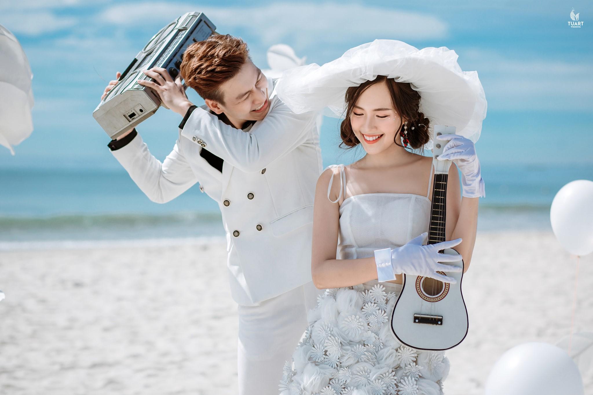Album ảnh cưới đẹp Lăng Cô